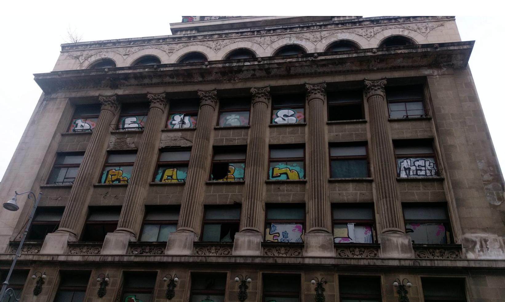 Il più bel palazzo di Bucarest (il nome non importa)