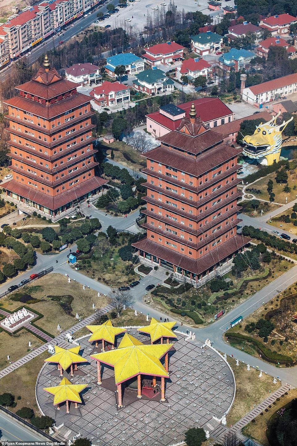 socialist-village-of-hauxi-china