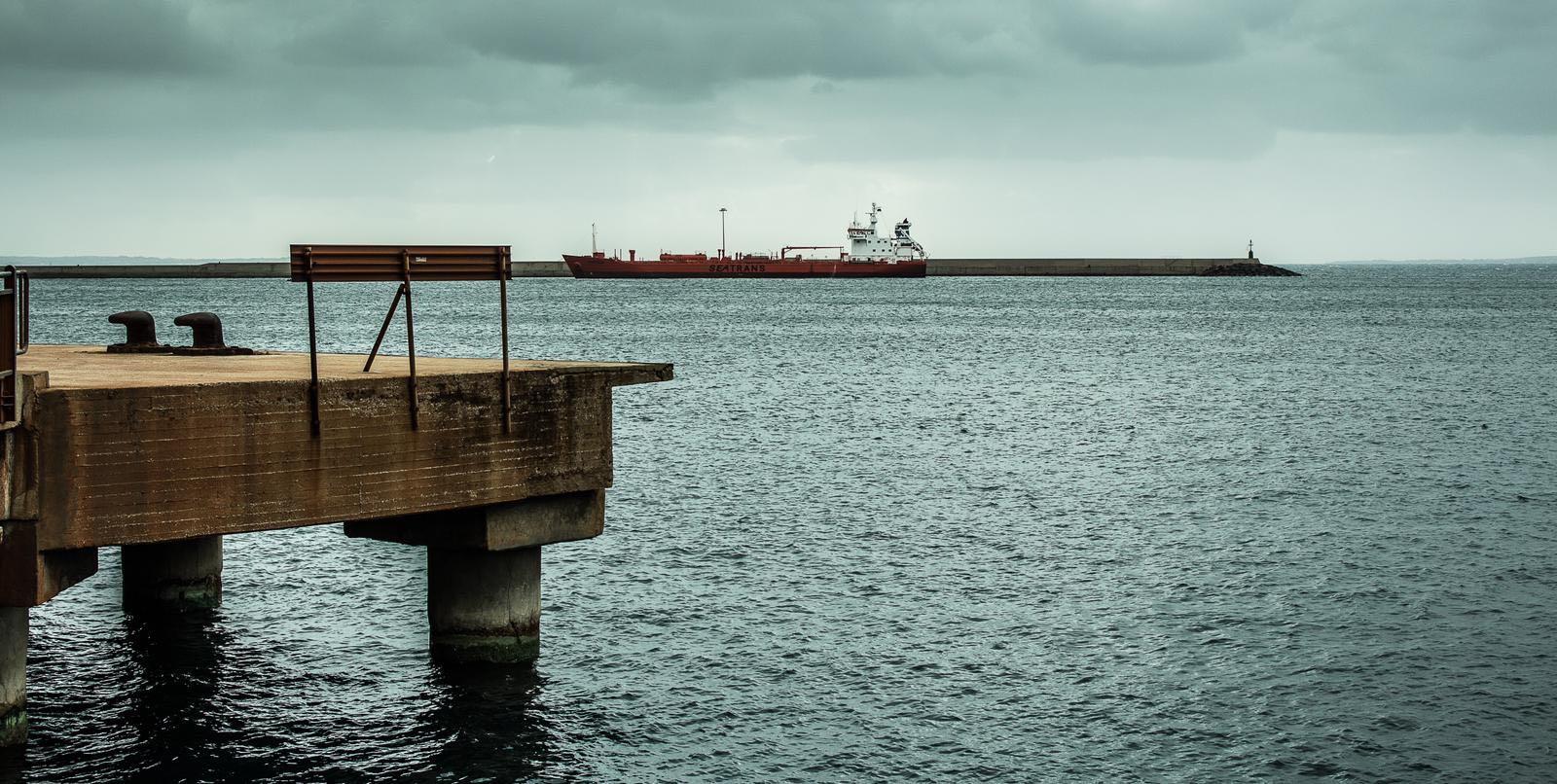 Molo del porto di Portovesme